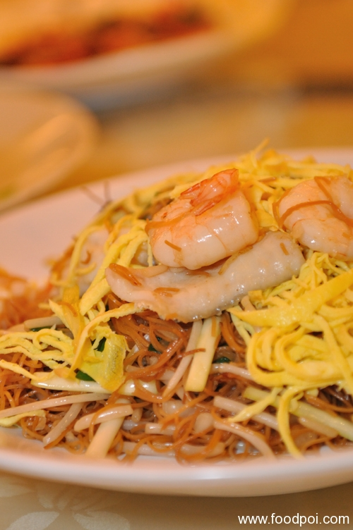 fried-beehoon-with-prawn
